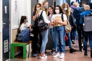 Caos nell'apertura della scuola da Regione a Regione